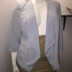 Summer blazer, lightweight and easy to style.